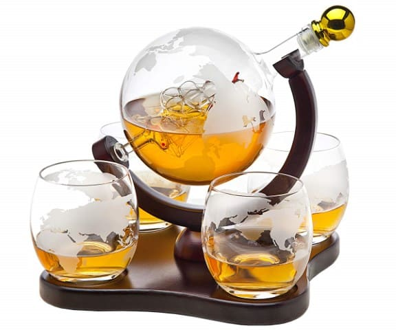 whiskey-decanter-wedding-anniversary-gift-for-him